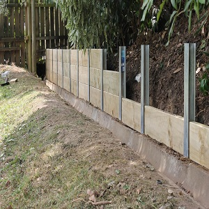 retaining wall posts
